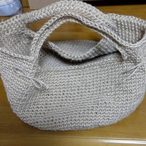 野菜収穫バッグを麻ひもで編んでみた(^◇^)