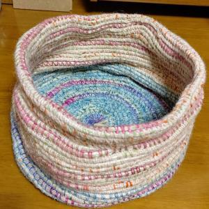 直径30センチ高さ15センチのかごを編んでみた!