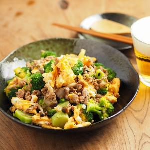 ブロッコリーと豚肉の卵炒め