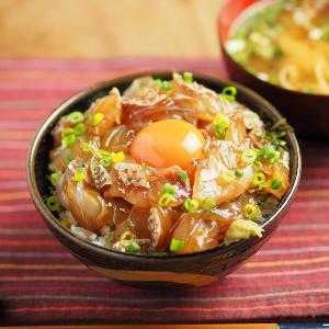 桜鯛の漬け丼 、 余った刺身を翌日も美味しく食べる