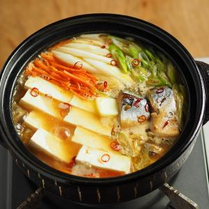 味噌ラーメンスープでサバ缶豆腐鍋