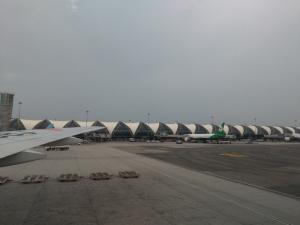 タイ旅行2019年10月(1日目-2 スワンナプーム空港、パヤータイ経由トンロー)