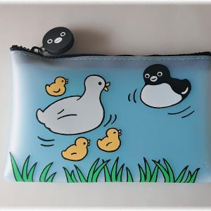 Suicaのペンギン×p+g design「シリコンNUUクリアポーチ(はじめまして)」が可愛い。