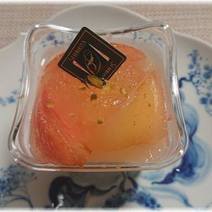 日本橋室町2丁目『千疋屋総本店 日本橋本店』の桃のヨーグルトムースがウマウマ。