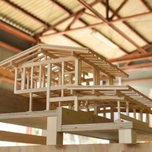風の森の土壁7 軸組み模型と基礎工事