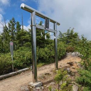 滝と急登の静かな信仰の山、信濃富士有明山(2019年8月24日山行記録(3))
