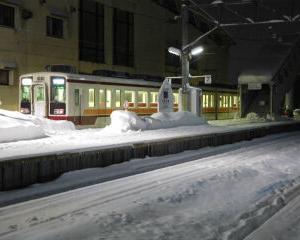 雪の夜 会津田島駅