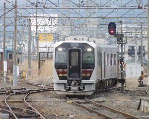 電気式気動車 GV-E400 会津若松駅