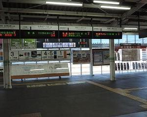 今日の会津若松駅 GV-E400系・E721系・キハE120系