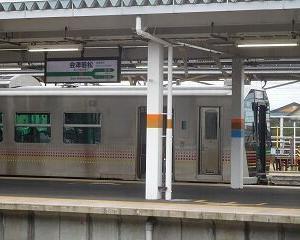 今日の会津若松駅 GV-E400系・キハE120系・E721系