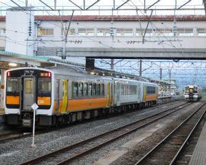 会津若松駅 キハE120系・キハ110系・719系