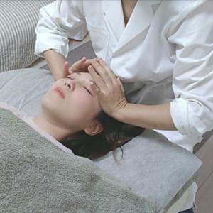 在宅勤務による顔と体のむくみ