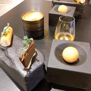 オーストラリア、スイーツのコース料理【KOI Dessert Bar】