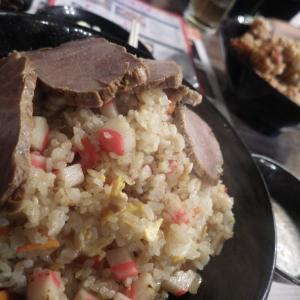 五代目麺や蝦夷のチャーハン大盛にチャーシュー