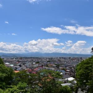 飯盛山のさざえ堂や景色