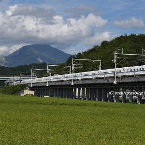 夏雲と新幹線2
