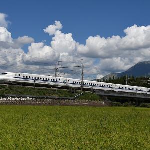 夏雲と新幹線3