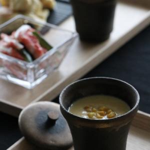 焼きトウモロコシのポタージュとキツネ餃子
