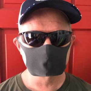 ついにアメリカがマスク推し