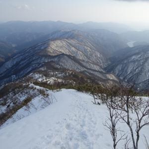 能郷白山〜磯倉(イソクラ) 新雪ラッセル行