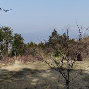 気になる小火山―皆神山訪問記