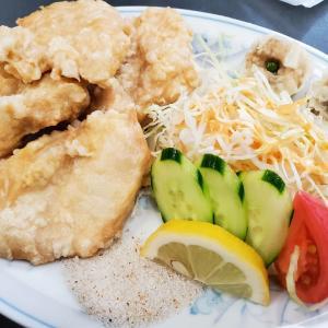 中華レストラン万里ヾ(*^〇^*)ノ今夜のつまみの1品☆茹で鶏のねぎだれソース