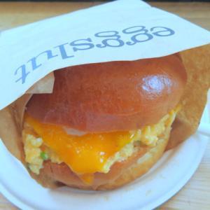 【日本初上陸】究極のエッグサンドを新宿に食べに行く