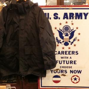 90'S デッドストック 米軍実物 特殊部隊 ECWCS ゴアテックス パーカー