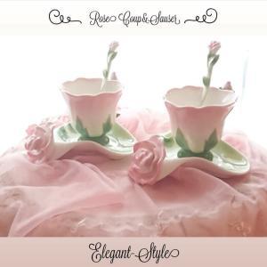 ☆【最後の】可愛い薔薇モチーフのカップ&ソーサー・新しくワンピースを着用して☆