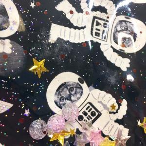 「暗闇で光る☆ネコの宇宙飛行士バッグ」