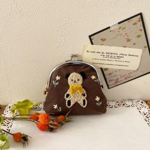 No.004 お花畑のテディベア 刺繍のおとぎの森