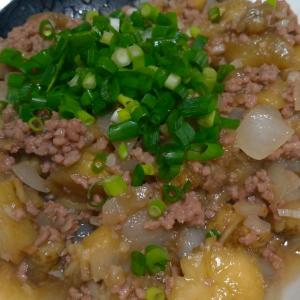 カンボジアの家庭料理【チャートロップ】