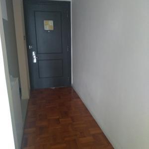 ドア下からお手紙「請求書」かと思ったら…【ペスト】?!