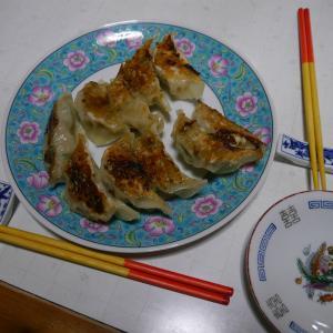 カラフル酢豚&手作りぎょうざ ボリューム満点のサンドイッチランチ