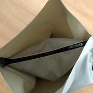 長女の婿さん用の仕切り付きトートバッグ作成です。