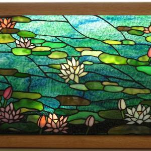 リビングカルチャー小山様の「睡蓮」完成品のお写真が届きました。年のスタートにぴったりの作品です!
