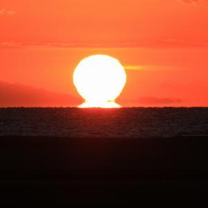 コールドムーンとダルマ夕陽