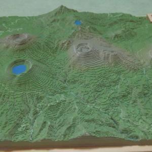山の等高線模型を作って遊ぶ