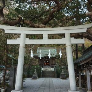 今日は 鎌倉 長谷の 御靈神社に一人でお参りに