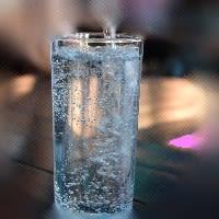 炭酸水って身体に如何なん?