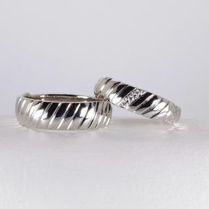 マリッジリング 波模様 幅広リング 岐阜 結婚指輪 オーダーメイド