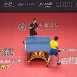 卓球グランドファイナル男子シングルス準々決勝 許昕 vs 張本智和。3-4で張本が惜しくも負けてしまった・・・