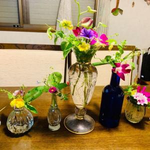 また、花を生け直しました。