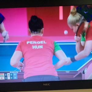 五輪卓球 女子団体1回戦 日本 3-0 ハンガリー。1ゲームも許さない完勝で準々決勝進出!  このまま勝ち進んでメダルを獲得して欲しいなあ。