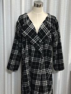 ウールチェックで羽織りコート
