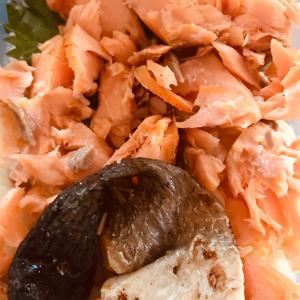 朝から鮭丼!