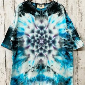 タイダイ染め 流行りのビックTシャツ