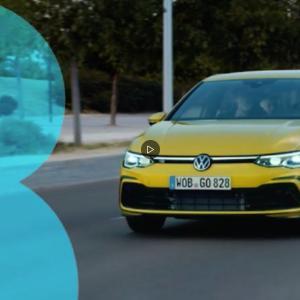 PEUGEOT 308 と Volkswagen Golf