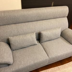 ソファーが届きましたー。