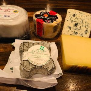今月のチーズ。